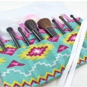 BRAND NEW Makeup Brush Roll